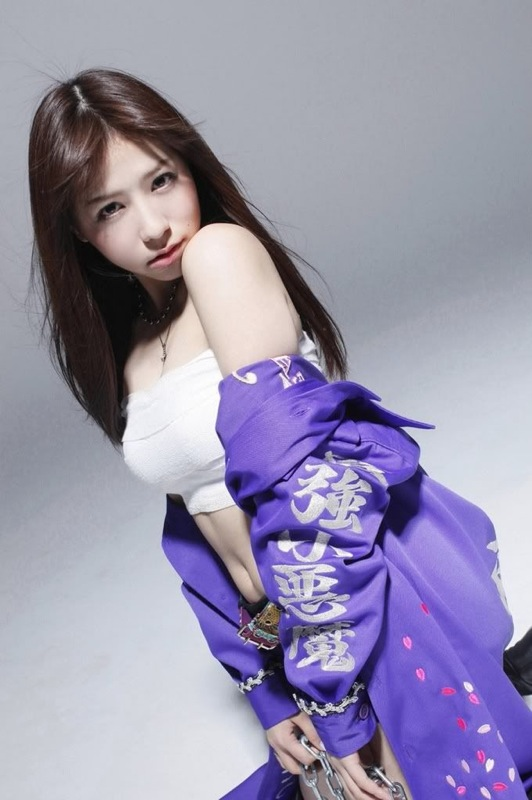 Can your heart stand this stunning beauties of these AKB48 girls??? - Kasai Tomomi