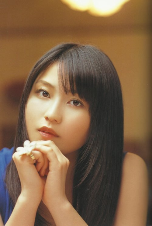 Can your heart stand this stunning beauties of these AKB48 girls??? - Yokoyama Yui