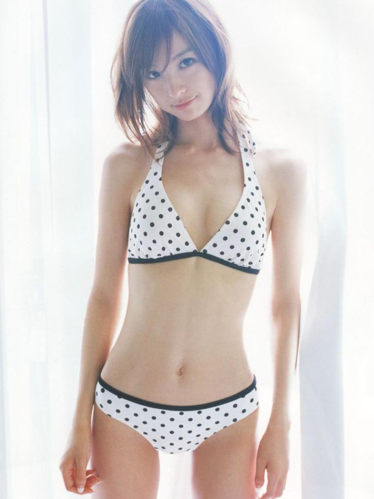 Can your heart stand this stunning beauties of these AKB48 girls??? - Shinoda Mariko