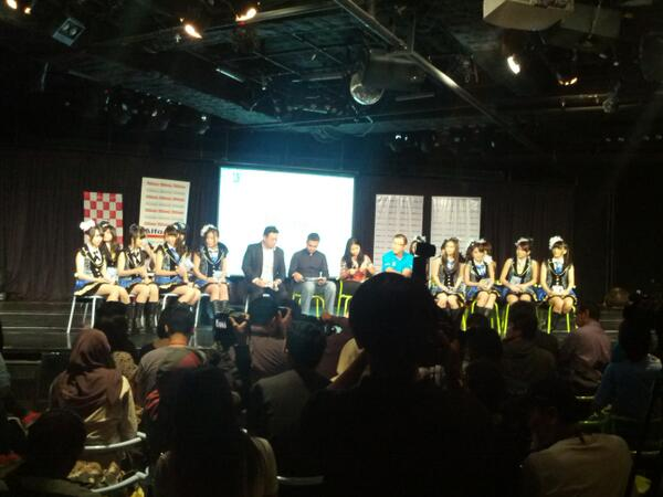 JKT48 5th Single - Flying Get Press Conference